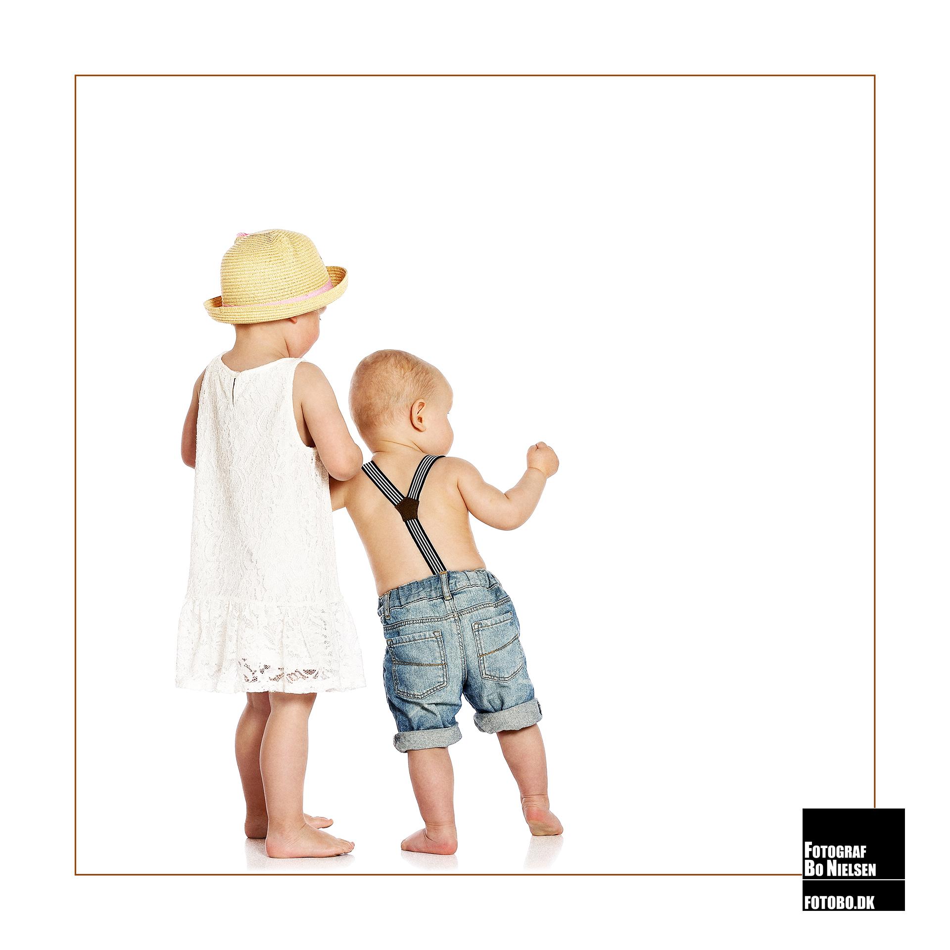 Fotograf Kolding, 2 børn fotograferet i studiet hos fotograf Bo Nielsen i Kolding
