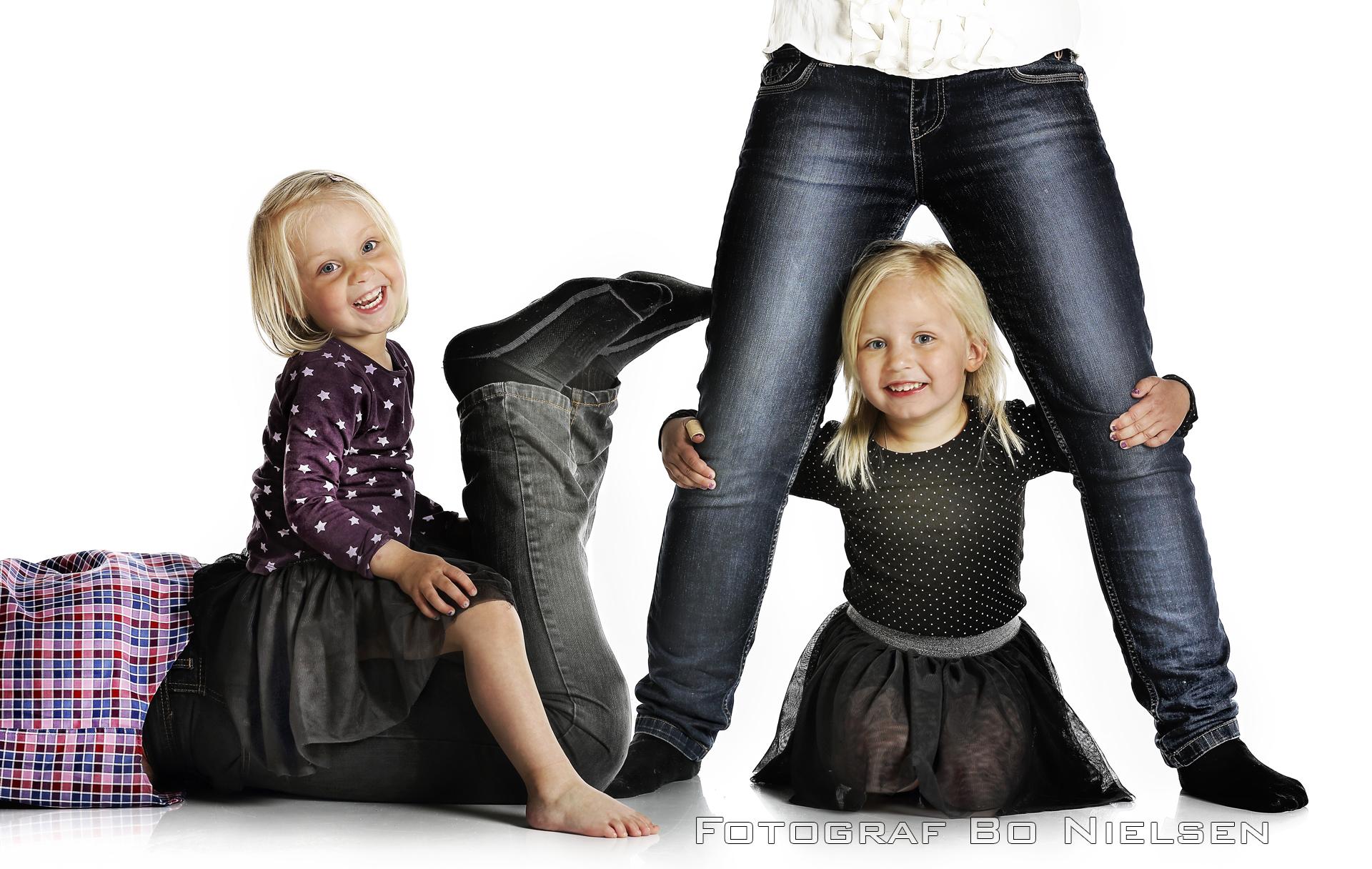 2 børn fotograferet ved fotograf Kolding, fotograferet af fotograf Bo Nielsen i Kolding