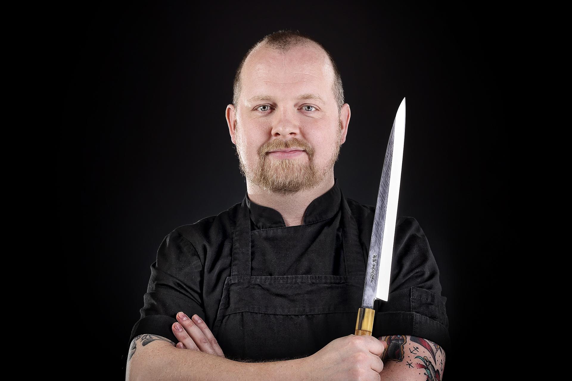 Fotograf Kolding. Her der det en kok der er fotograferet til hjemmesiden og brochure, samt billede til messer, af fotograf Bo Nielsen i Kolding